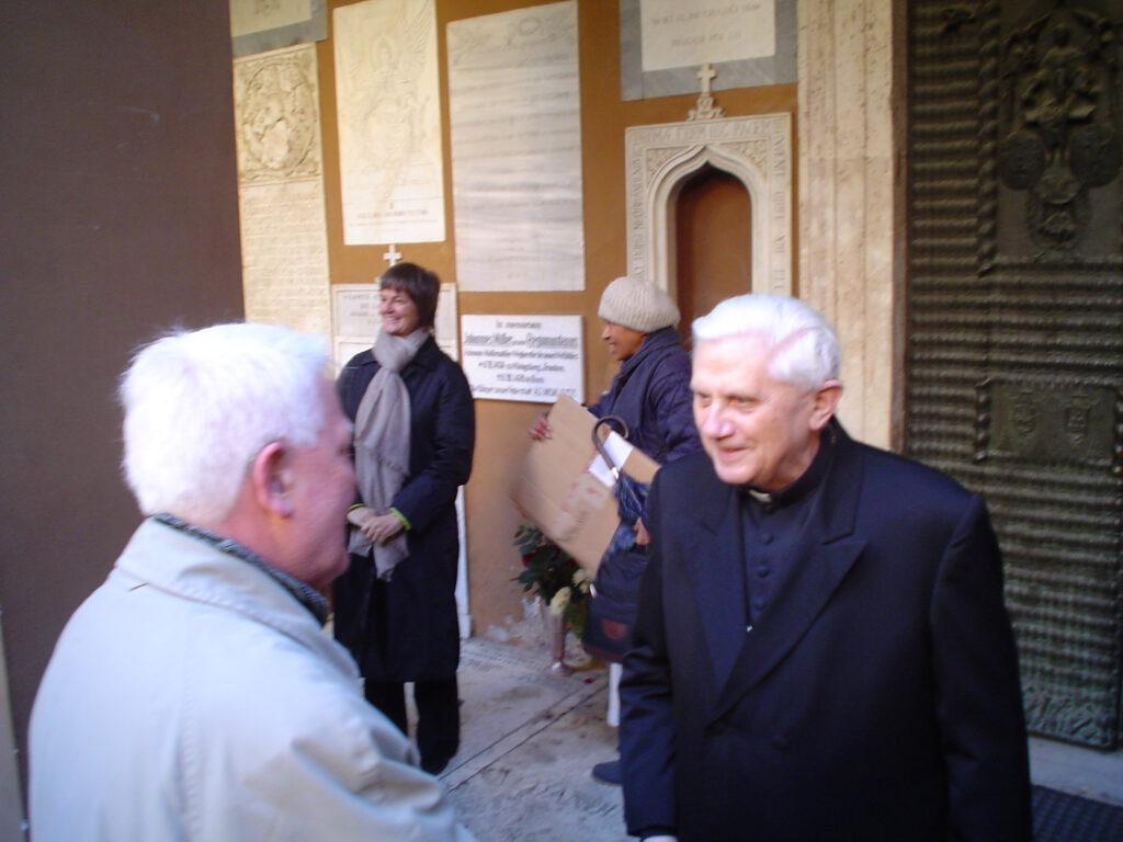 Ratzinger und Loschelder